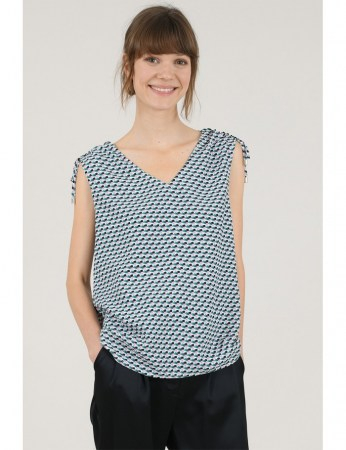57384-graphic-printed-top